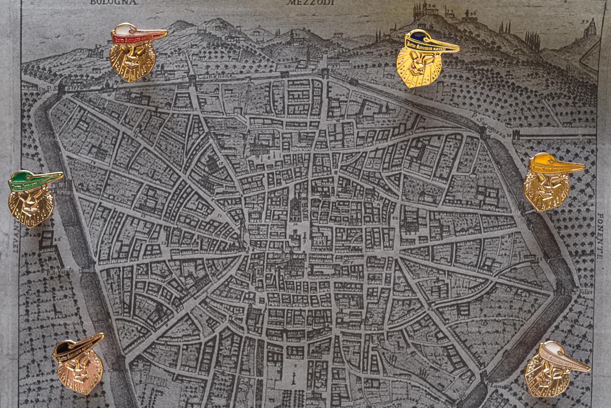 Serie spillette festa delle matricole 2017, sfondo mappa Bologna