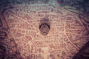 Spilletta festa delle matricole 2017, commemorativa cena del giovedì, sfondo mappa Bologna